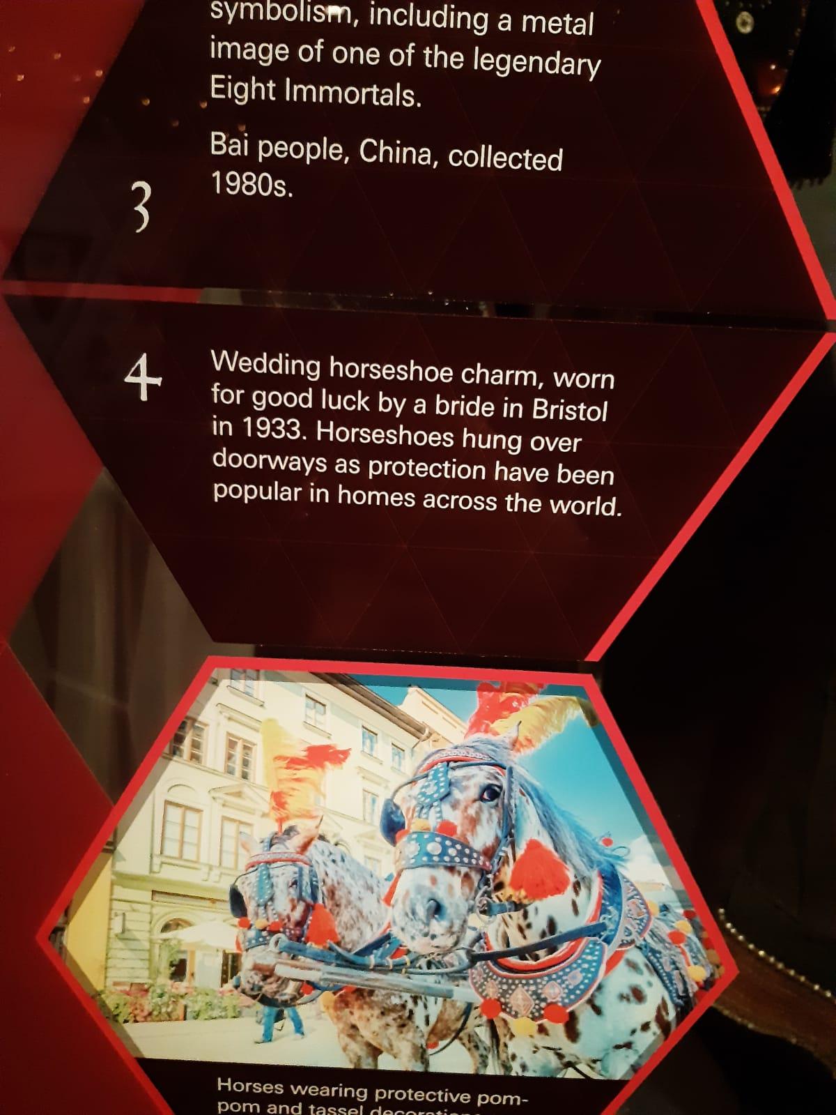 Bristol Museum of Art Gallery - esposizione: do you believe in magic? https://www.bristolmuseums.org.uk/bristol-museum-and-art-gallery/whats-on/magic/